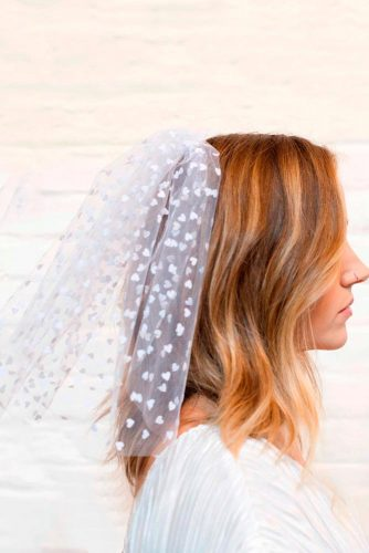 Shoulder Length Veil With Hearts Pattern #shortweddingveils #modernweddingveils