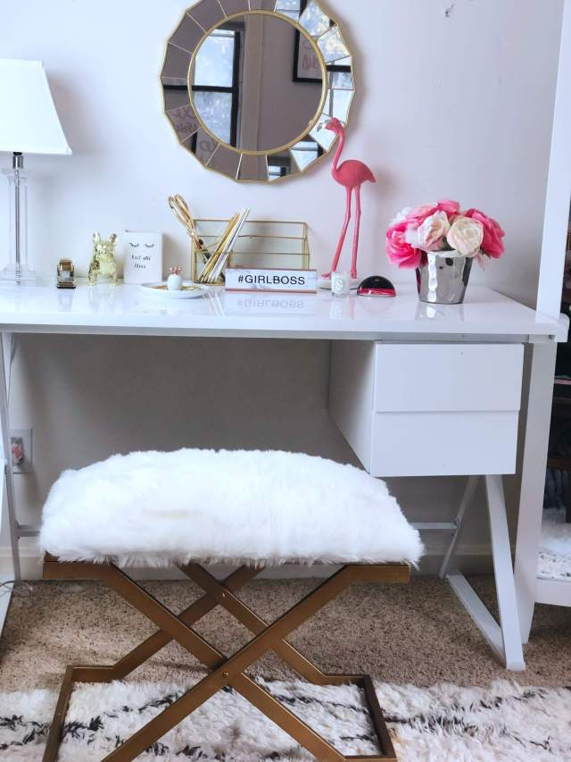 Immediately Declutter your Space by Tossing these 10 Things