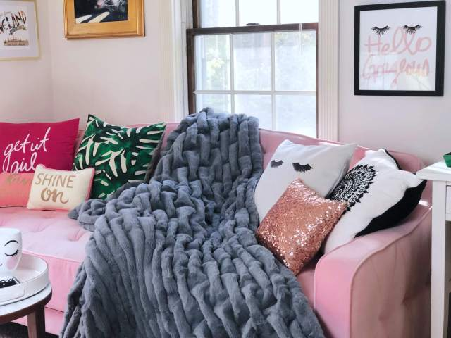 10 Days of Giveaways: Featuring Soft Surroundings & Designs By Maria
