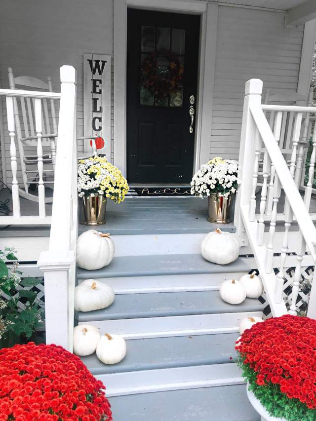 5 Ways to Glam Up Your Front Porch for Fall