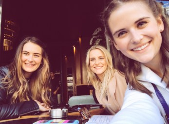 Paris Happy Hour