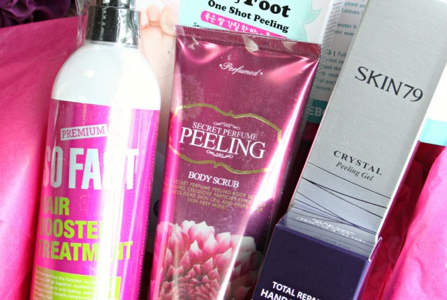 Pamper yourself head to toe with Korean skin care products from Memebox Whole Body Box. Review & working coupon codes here >> http://bit.ly/1QMgmsU || via @glamorable
