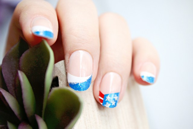 Find out how to create easy red, white and blue nail art for 4th of July using The Collection Nails by KISS and imPRESS Accent Press-On Manicure! >> https://glamorable.com | via @glamorable