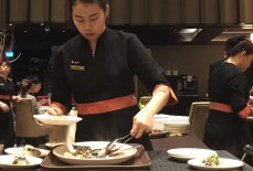 Shisen-Hanten-Fish-Slicing-by-Glamorazzi