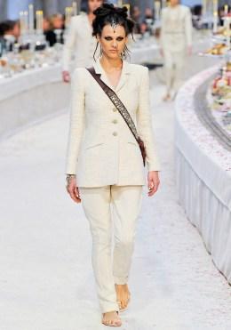 Chanel Métiers d'Art 2012 Bombay Collection 039