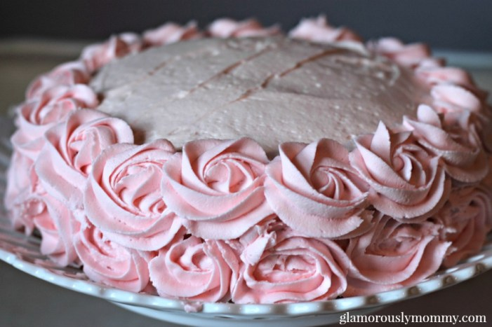How to ice a pink rosette cake