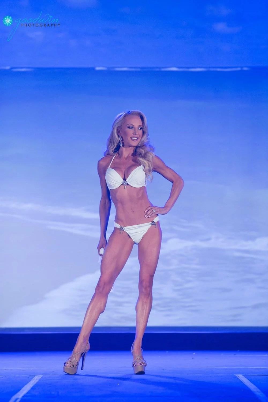 Mrs Nevada United States Eve Dawes white bikini