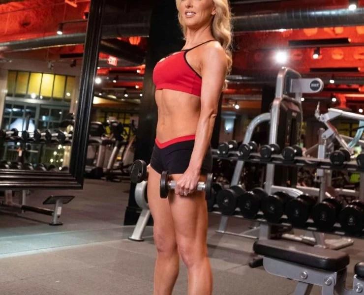 fitness model eve dawes gym workout