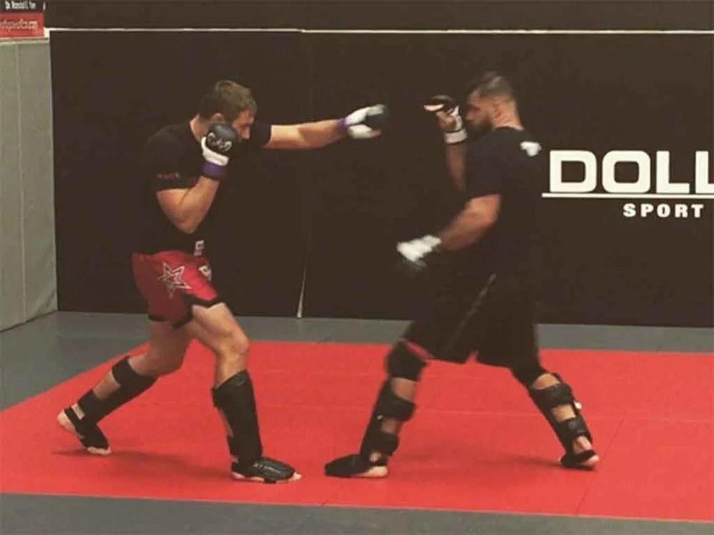 Growth mindset expert MMA fighter spar training