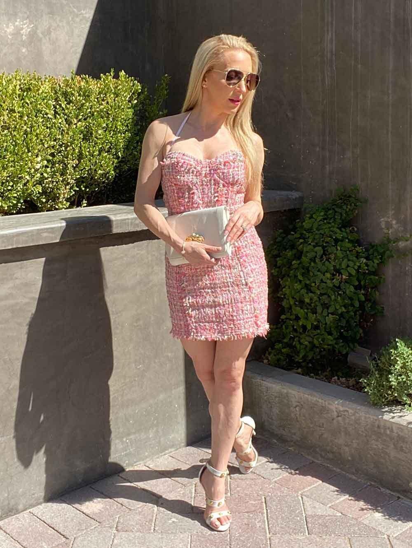 Pink tweed dress summer brunch fashion blogger Eve Dawes