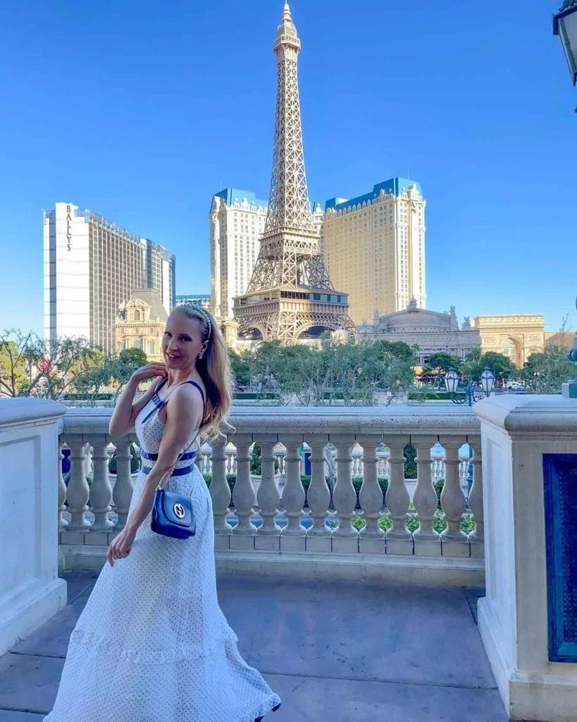 Bridgerton Netflix fashion white dress