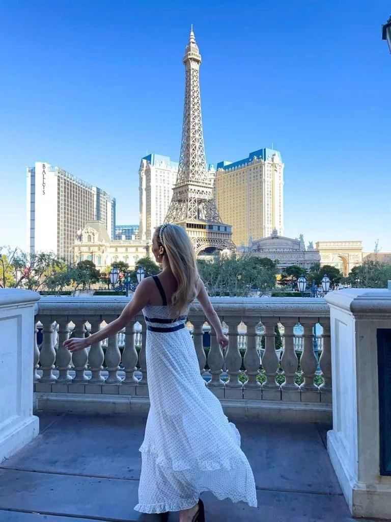 Fashion blogger Glamour Gains Bridgerton inspired feminine style