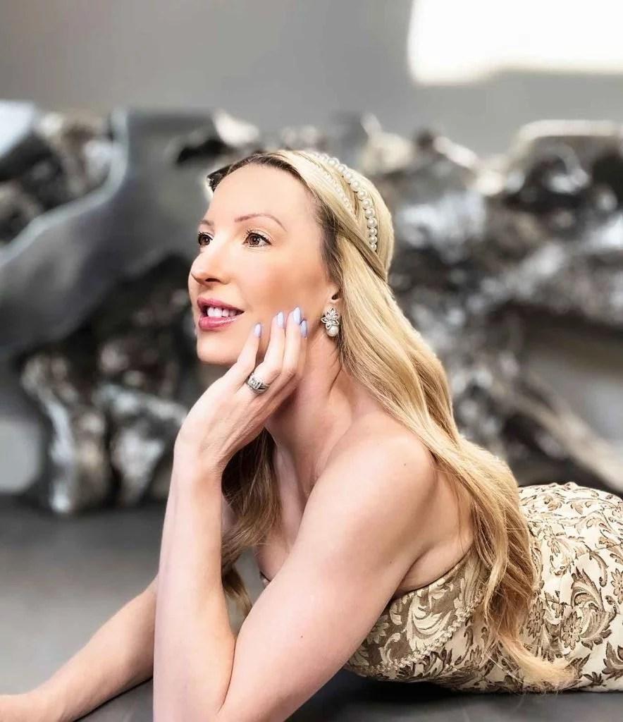 Daphne Bridgerton makeup 2021