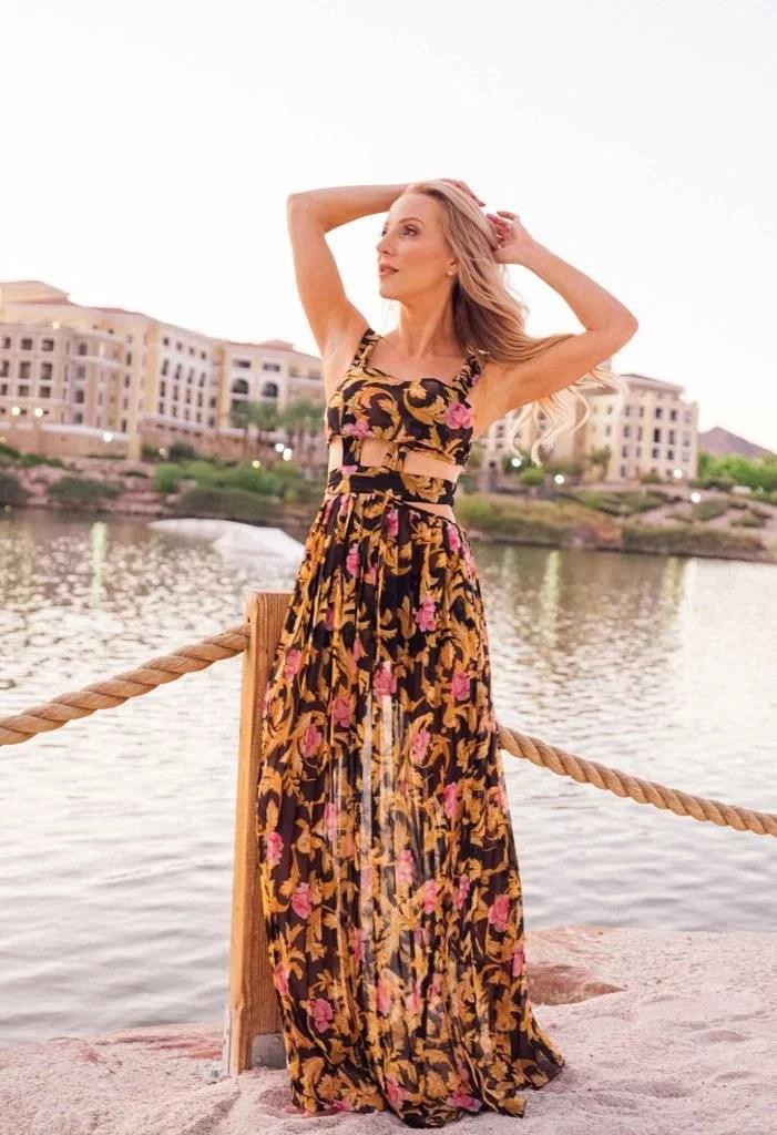 flossing spring summer fashion 2021 maxi dress fashion blogger lake Las Vegas
