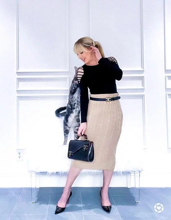 Femme luxe beige knit skirt glamour gains fashion blogger Eve Dawes