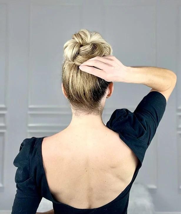 messy bun tutorial blonde braided hair
