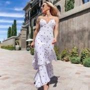 sunglasses trend 2021 fashion blogger Eve Dawes Glamour Gains