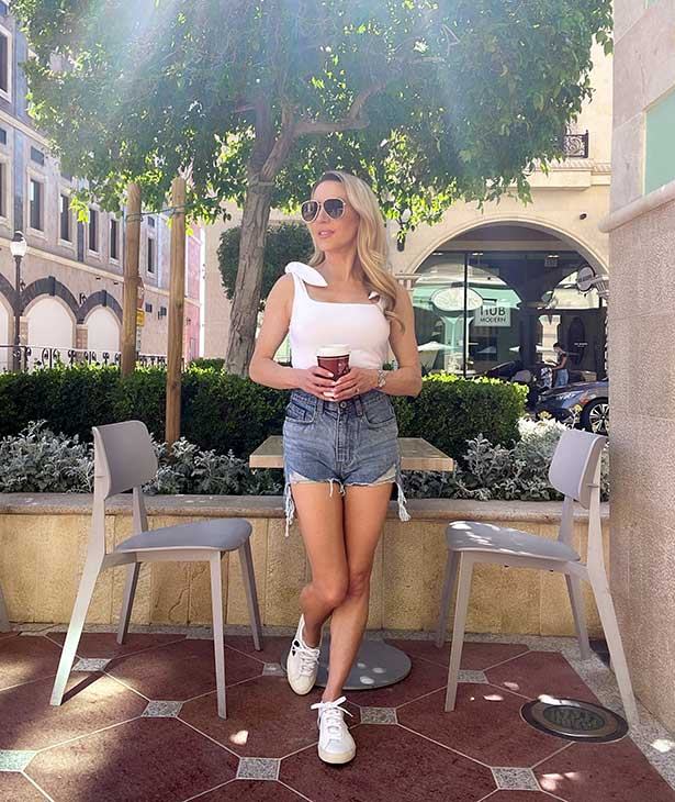 casual shorts white top fashion blogger street style