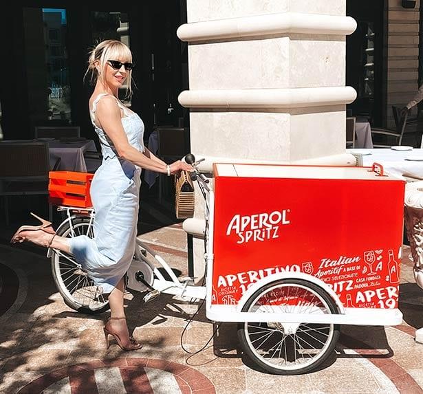 nude summer sandals glamour gains blogger Aperol Spritz cart