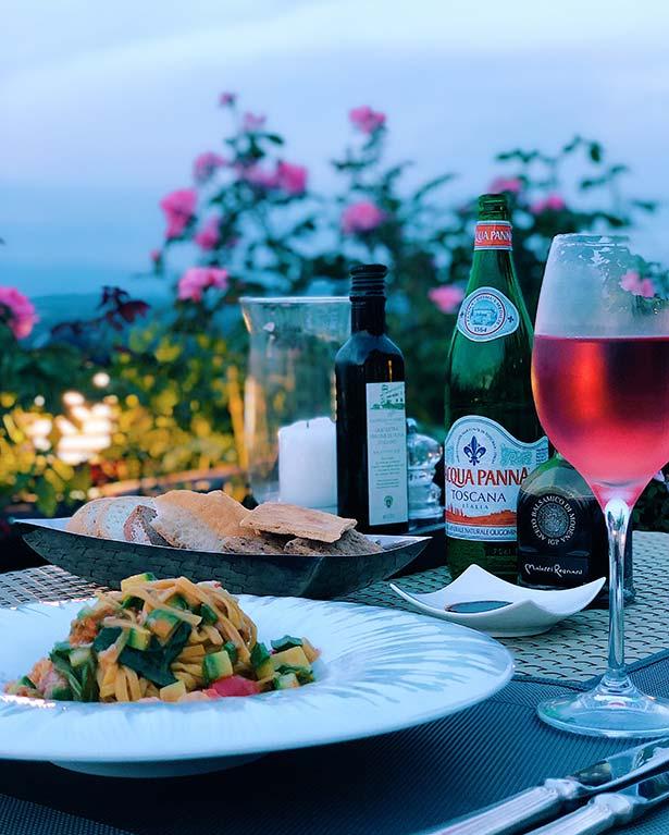 Como Castello Del Nero La Taverna restaurant food views