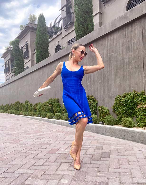 Sarah Flint heels fashion blogger Glamour Gains dancing