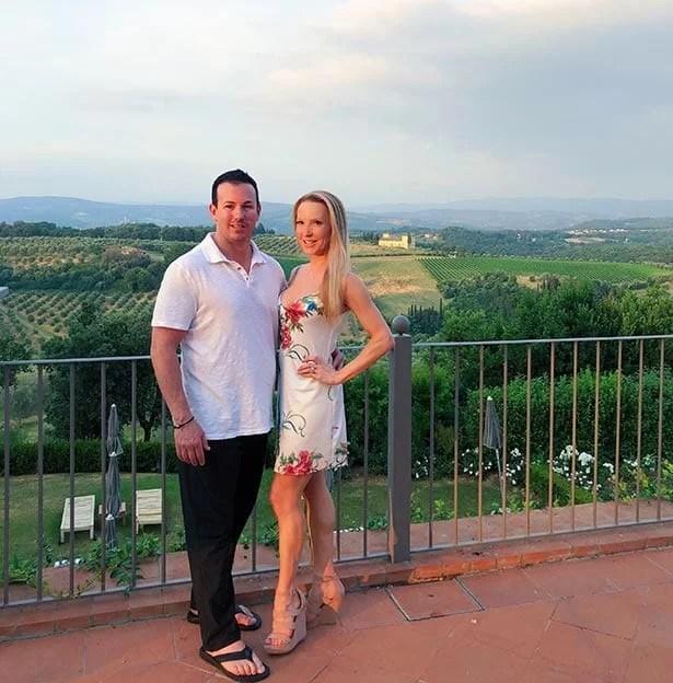 Como Castello Del Nero hill views romantic couple