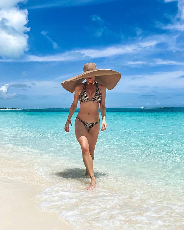 Beach House Grace Bay Providenciales Glamour Gains blogger bikini sun hat