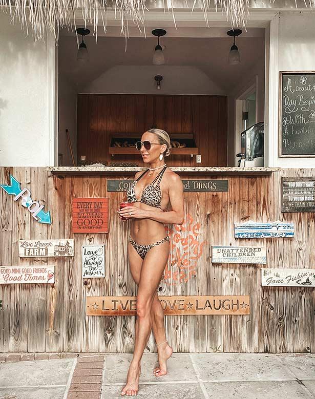 how lean out 2 weeks health fitness expert Glamour Gains bikini