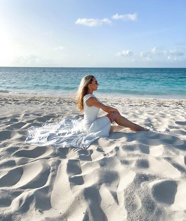 beach wedding dress 2022 bride sat beach designer white gown