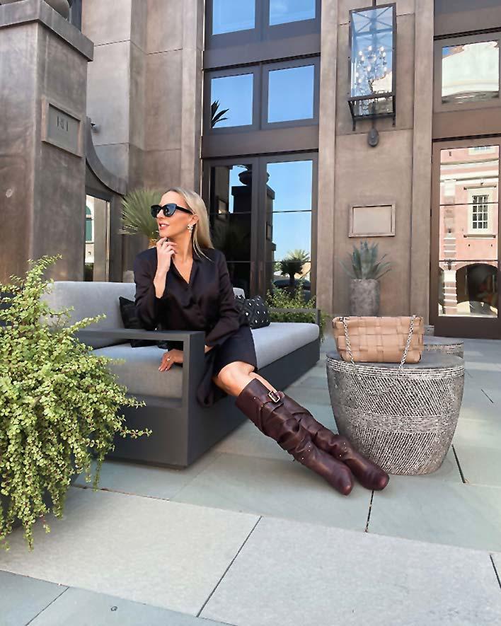 chloe designer knee high boots fashion blogger Glamour Gains 2021