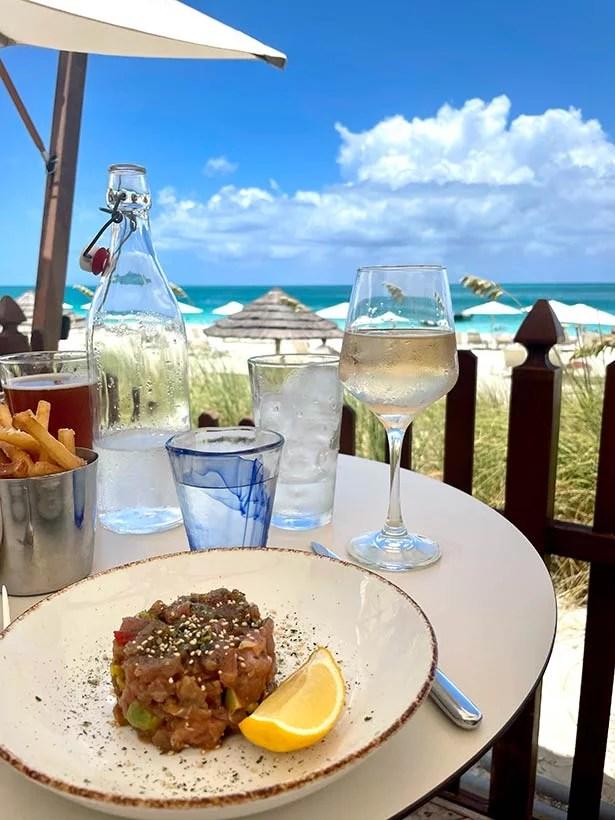 seven stars deck restaurant lunch grace bay beach