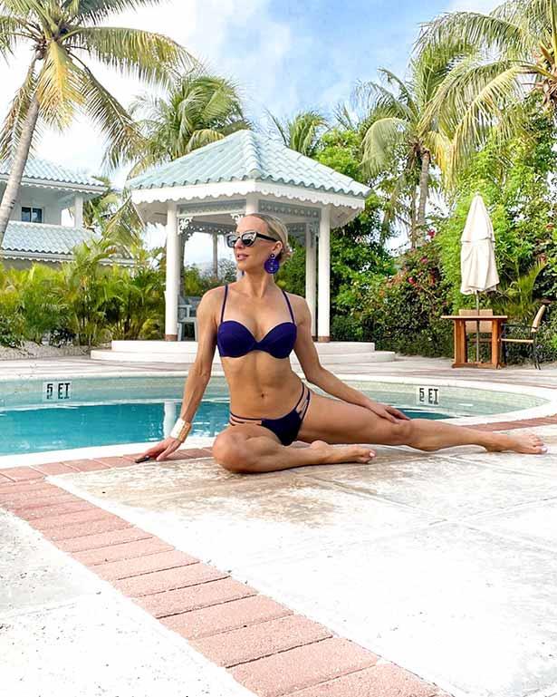 tabata workout total body fitness model pool bikini