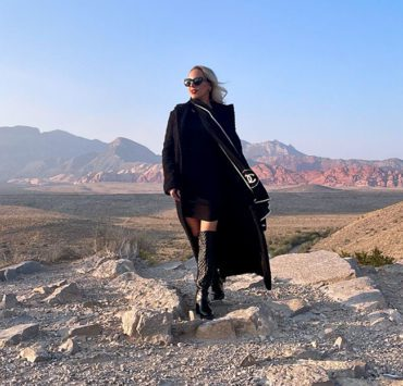 black knee high boots fashion blogger winter 2021 2022