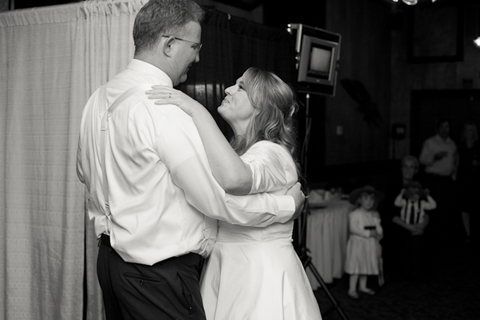 DIY greenhouse wedding | Krista Marie Photography-20