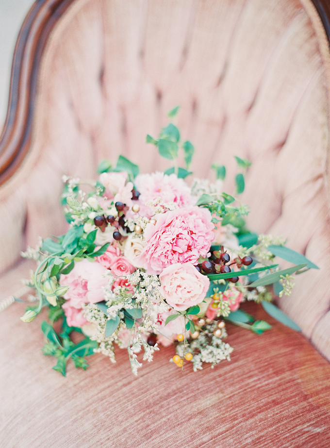 romantic pink bouquet | Michelle March Photography | Glamour & Grace