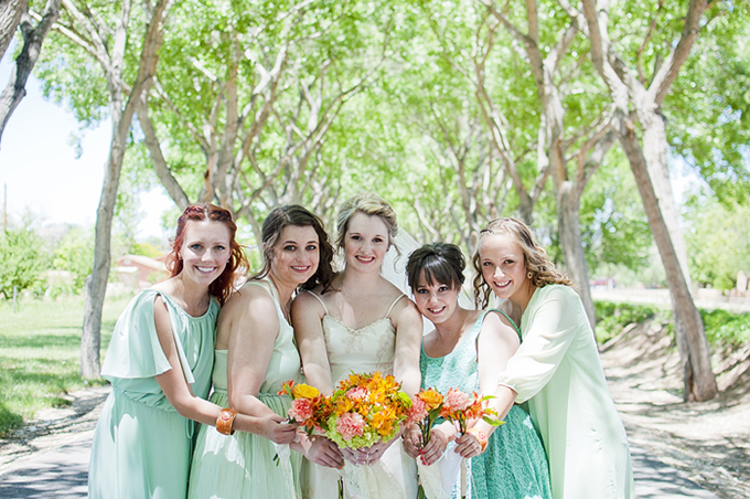 mint and orange DIY wedding | Searching for the Light Photography