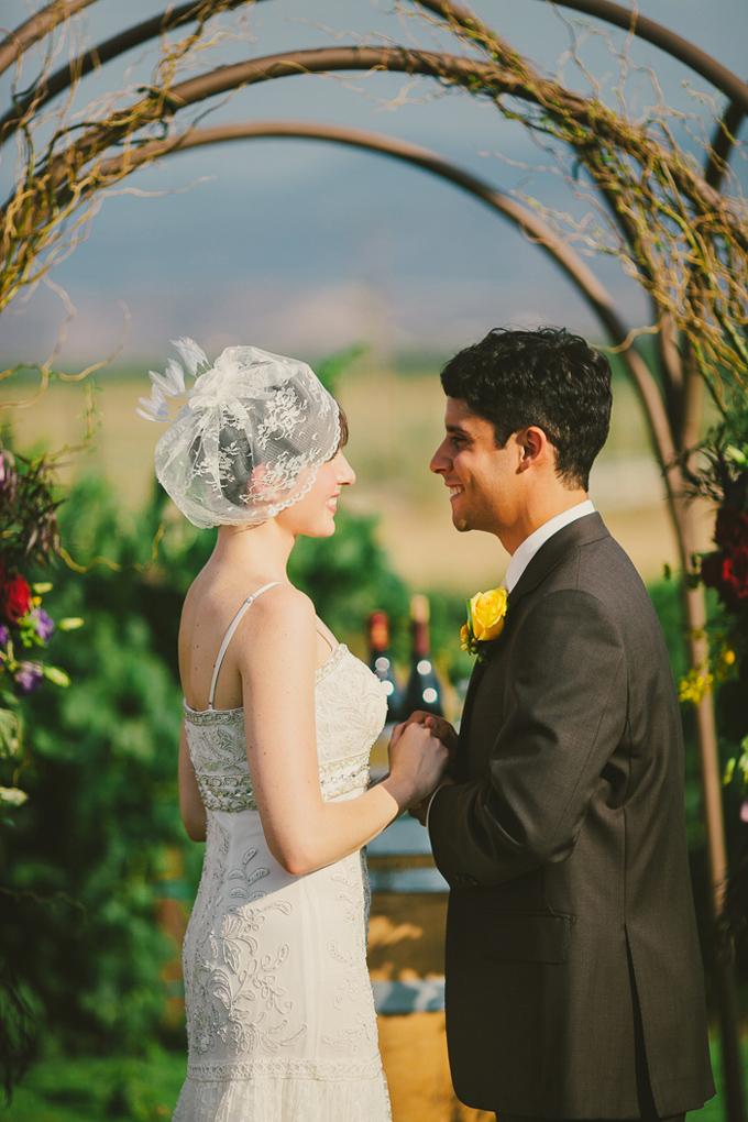 intimate burgundy winery wedding | Hom Photography