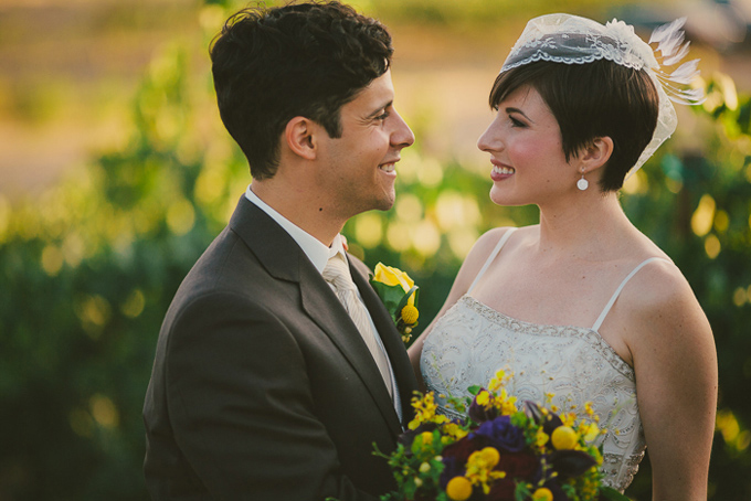 intimate burgundy winery wedding | Hom Photography