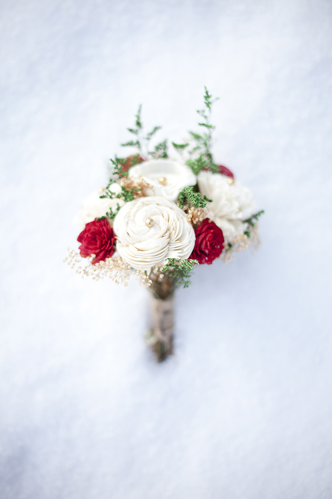 handmade winter bouquet from Curious Floral | I Heart Photos Studios | Glamour & Grace