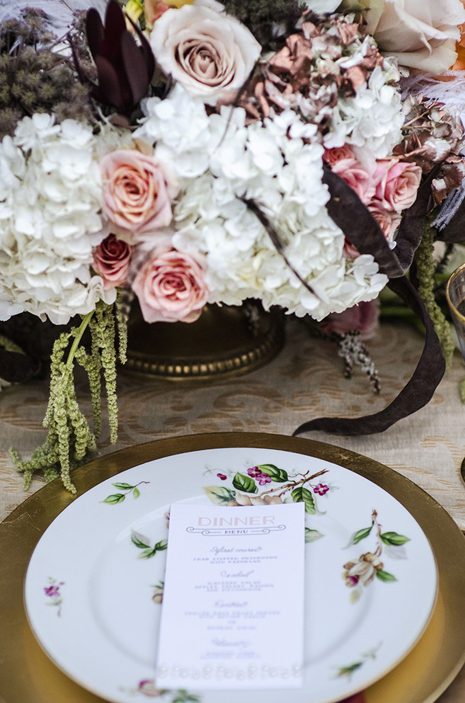 rustic art deco place setting | Green Blossom Photography | Glamour & Grace