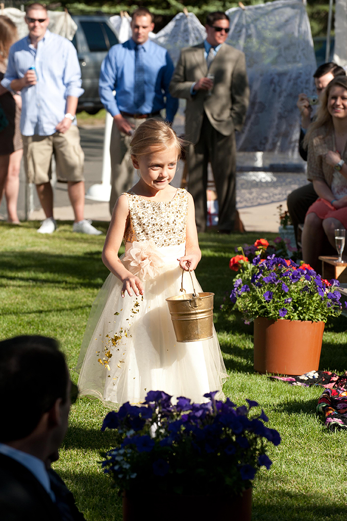 gold confetti flower girl | Ellen Jaskol | Glamour & Grace