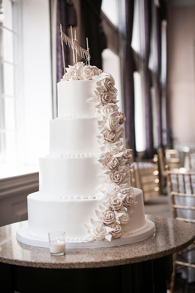 rustic white cake | Femina Photo + Design | Glamour & Grace