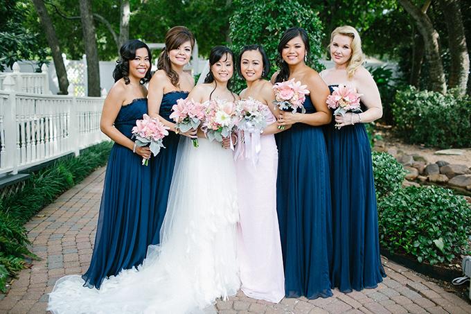 pink and blue bridesmaids | Kimberly Chau Photography | Glamour & Grace