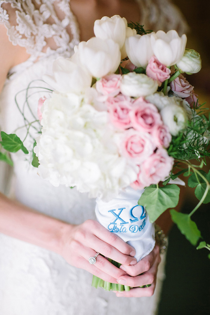 embroidered hankie bouquet wrap | Justin DeMutiis Photography | Glamour & Grace
