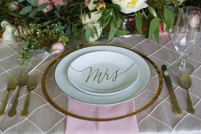 Mrs place setting | KaBloom Studios | Glamour & Grace