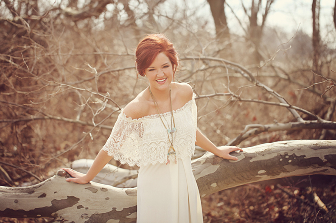 Daughters of Simone dress | Ashlee Layne Photography | Glamour & Grace
