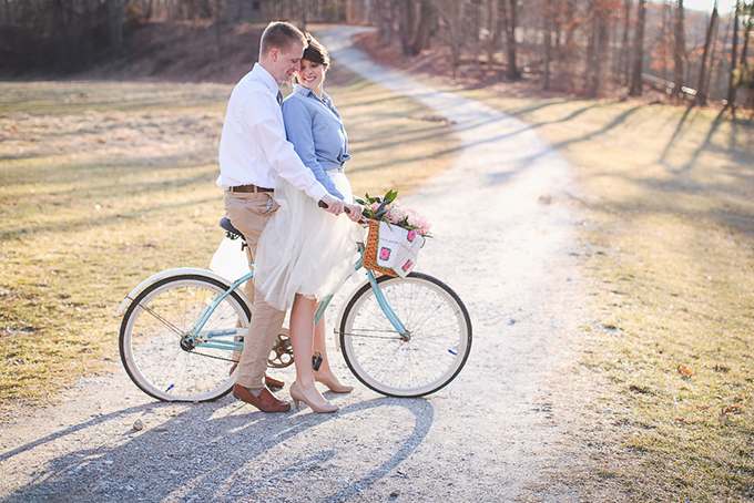 denim and tulle engagement session | Photos by Sarah Beth | Glamour & Grace