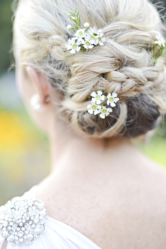 romantic garden bridal session | Casey Rose Photography | Glamour & Grace