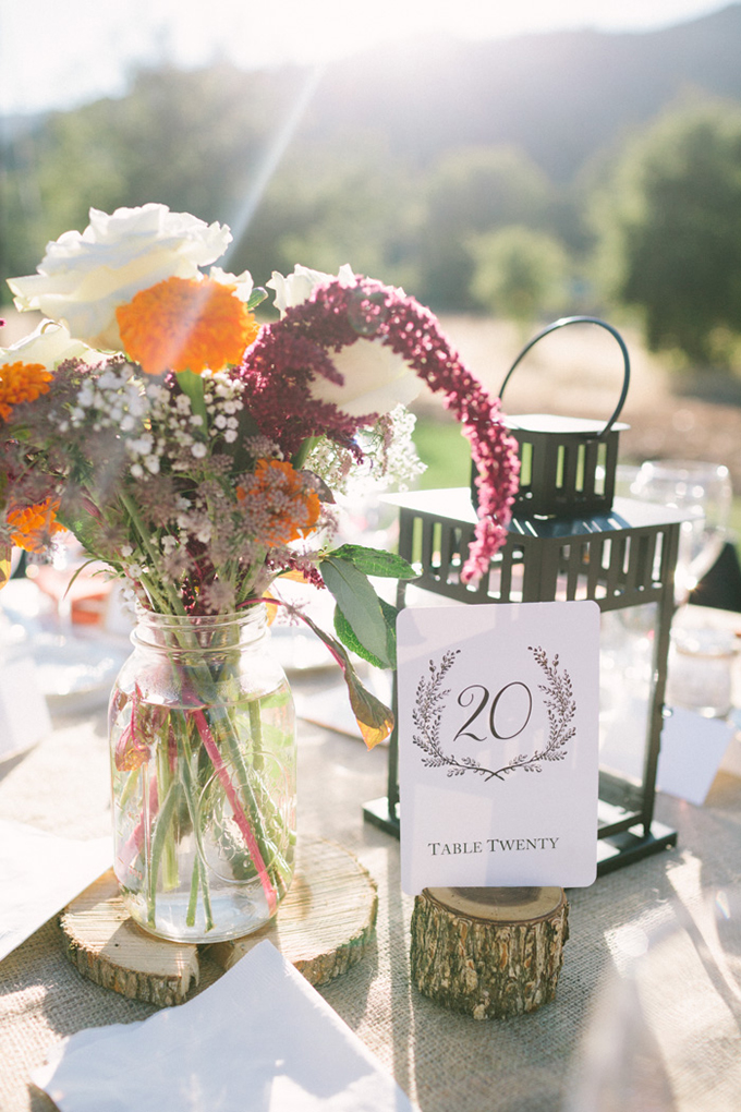 rustic chic centerpiece | Kirsten Julia Photography | Glamour & Grace