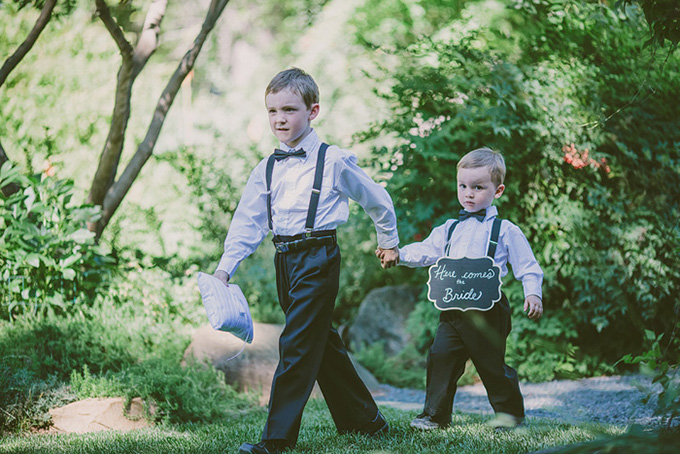 ring bearers | Kris Holland Photography | Glamour & Grace